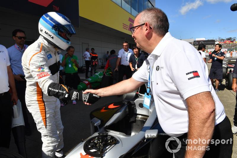 Mika Hakkinen lors des Legends F1 30th Anniversary Lap Demonstration