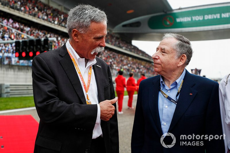 Chase Carey, Chairman, Formula 1 and Jean Todt, President, FIA on the grid
