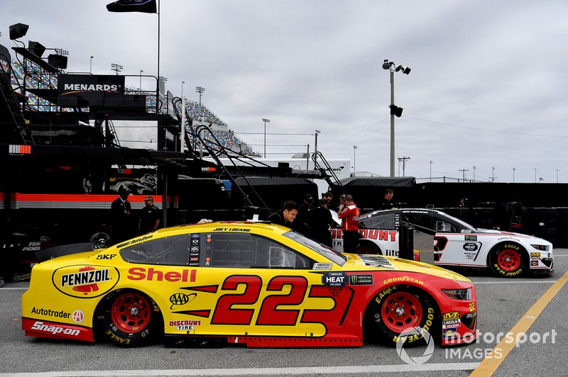 Joey Logano, Team Penske, Ford Mustang Shell Pennzoil y #2