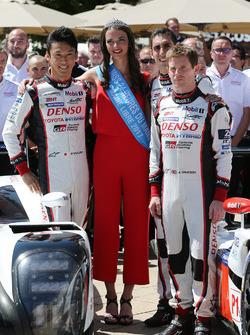 Kazuki Nakajima, Toyota Gazoo Racing, Anthony Davidson, Toyota Gazoo Racing, mit Marine Métairie, Mi