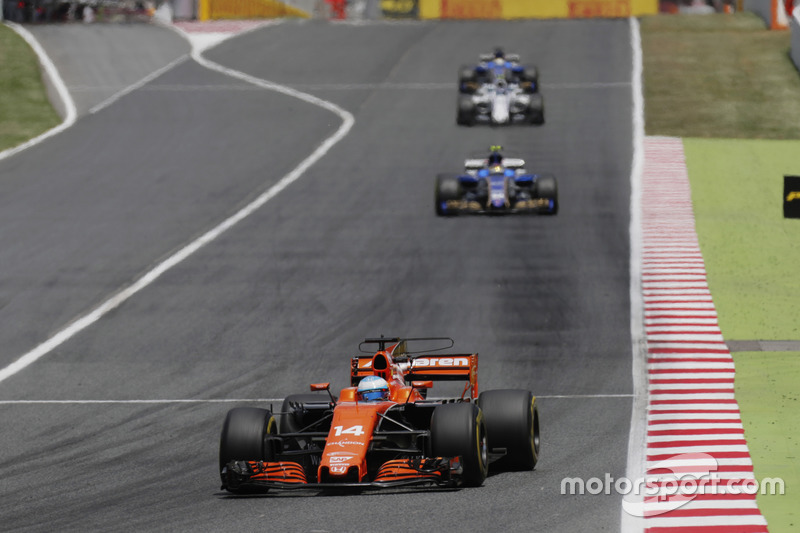 12e : Fernando Alonso (McLaren-Honda)
