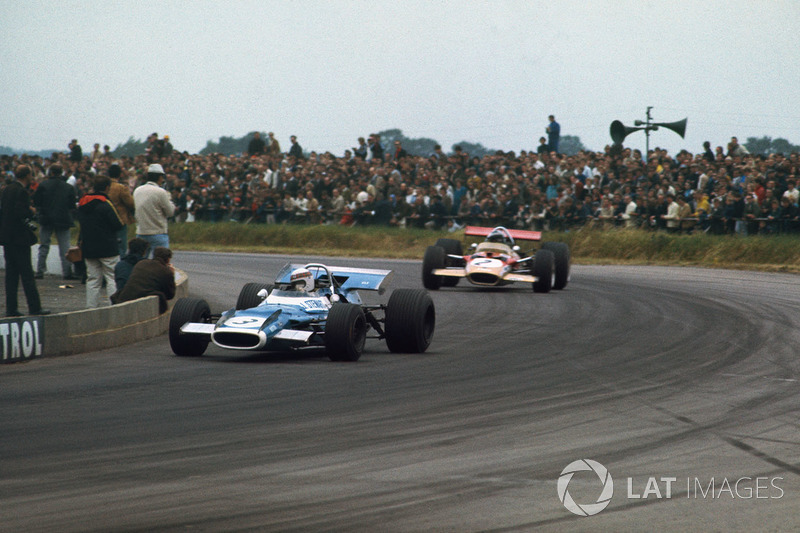 1969: Jackie Stewart, Matra MS80 Ford, con Jochen Rindt, Lotus 49B Ford