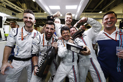 Williams team members celebrate, the Lance Stroll, Williams third place