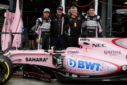 Sergio Perez, Sahara Force India F1, Otmar Szafnauer, Sahara Force India F1 Chief Operating Officer, and Esteban Ocon, Sahara Force India F1 Team with the Sahara Force India F1 VJM10
