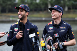 (L to R): Daniel Ricciardo, Red Bull Racing and team mate Max Verstappen, Red Bull Racing with the media after dinghy racing on the Yarra River