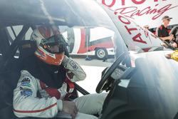 Carl Edwards nella Toyota Land Speed Cruiser