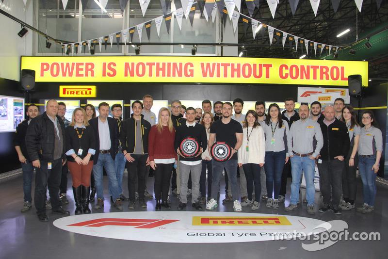 Ayhancan Güven, Salih Yoluç ve Pirelli Motorsport Türkiye ekibi