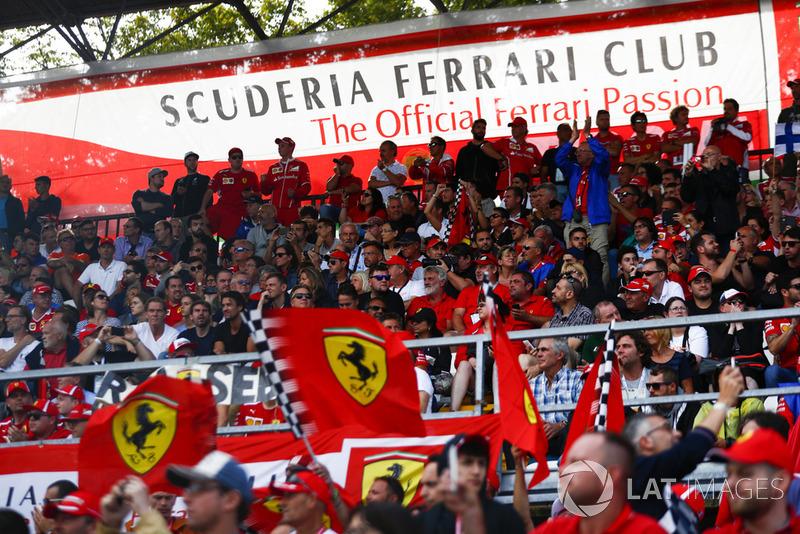 Сектор Scuderia Ferrari Club