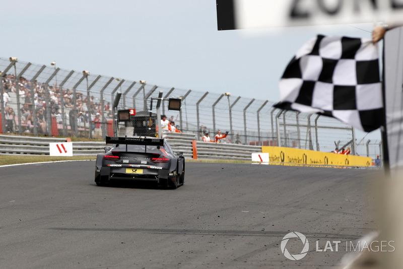 Race winner Daniel Juncadella, Mercedes-AMG Team HWA, Mercedes-AMG C63 DTM