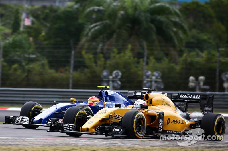 14: Кевин Магнуссен, Renault Sport F1 Team RS16