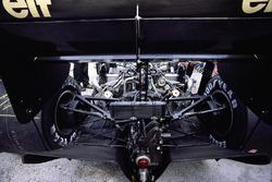 Dettaglio posteriore di una Lotus 98T Renault