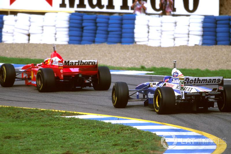 Jacques Villeneuve, Williams FW19 following Michael Schumacher, Ferrari F310B