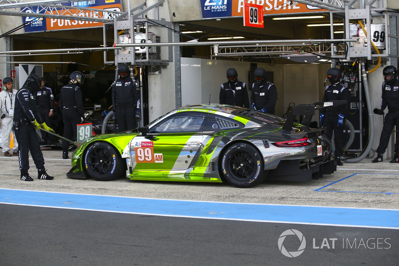 Патрик Лонг, Тим Паппас, Спенсер Пампелли, Dempsey Proton Competition, Porsche 911 RSR (№99)