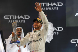 Podium : le deuxième, Lewis Hamilton, Mercedes AMG F1