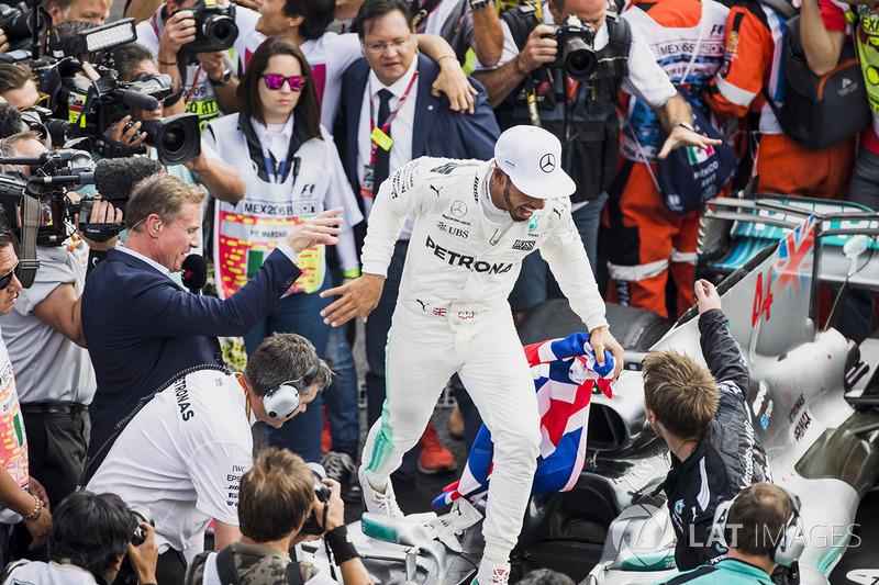 2017 Formula 1 Dünya Şampiyonu Lewis Hamilton, Mercedes AMG F1