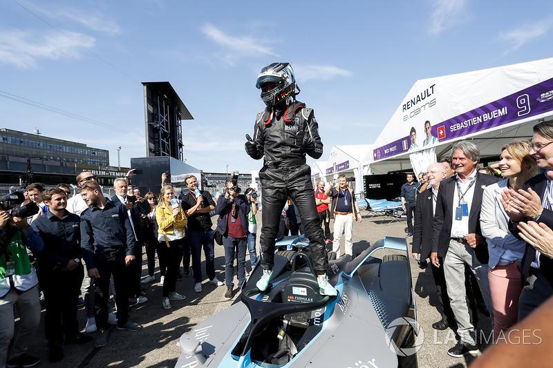 Nico Rosberg, pascauji coba mobil baru Formula E