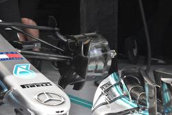 Vue détaillée d'un frein avant de la Mercedes-AMG F1 W09