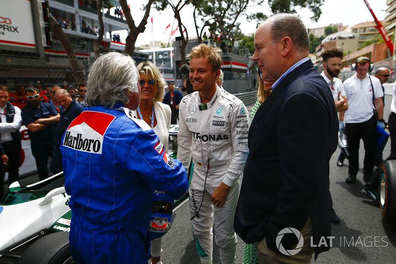 Keke y Nico Rosberg con el Príncipe Alberto de Mónaco