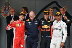 Podium: second place Sebastian Vettel, Ferrari, Adrian Newey, Red Bull Racing, Race winner Daniel Ricciardo, Red Bull Racing, third place Lewis Hamilton, Mercedes-AMG F1