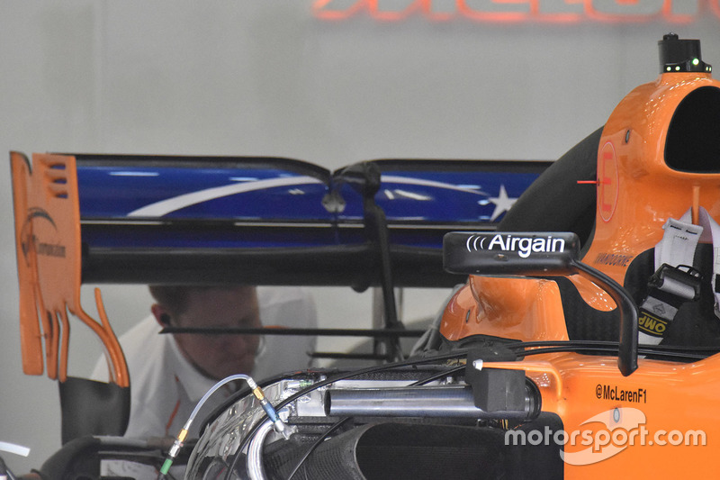 McLaren MCL33 arka detay