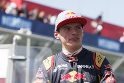 Max Verstappen, Toro Rosso, in the drivers parade