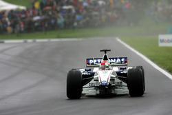 Robert Kubica, BMW Sauber F1.06perdió su ala delantera