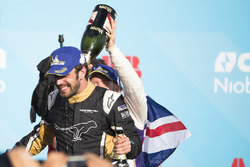 Jean-Eric Vergne, Techeetah, celebra en el podio