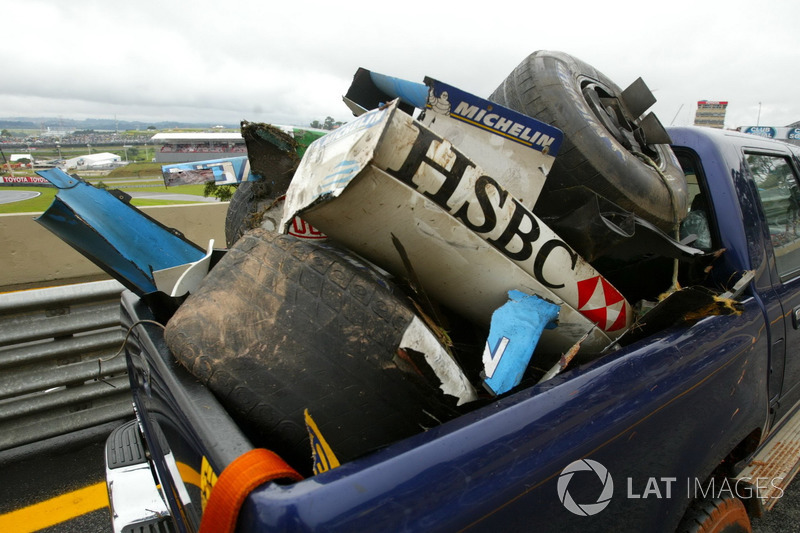 Боліди Jaguar Racing Марка Веббера та Renault F1 Team Фернандо Алонсо