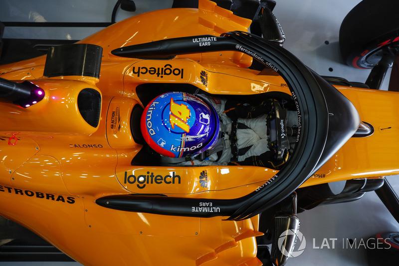 Fernando Alonso, McLaren, di kokpit