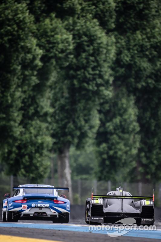 #78 KCMG Porsche 911 RSR: Крістіан Ріід, Вольф Хенцлер, Жоель Каматьяс, #4 ByKolles Racing CLM P1/01: Сімон Труммер, П'єрр Каффер, Олівер Вебб
