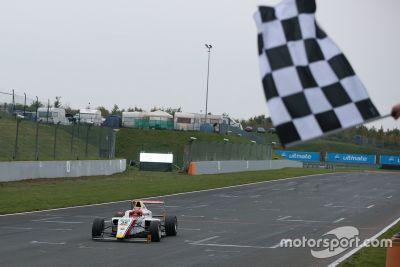 ADAC Formule 4: Oschersleben