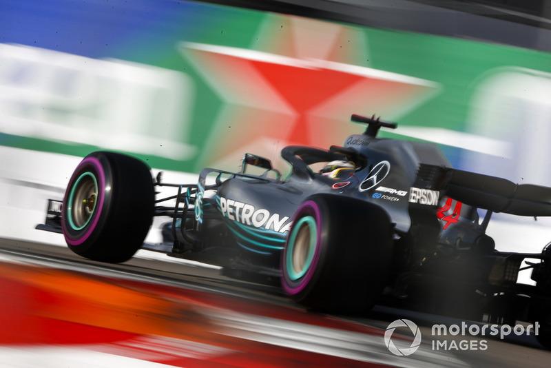 2: Льюіс Хемілтон, Mercedes AMG F1 W09, 1'31.532
