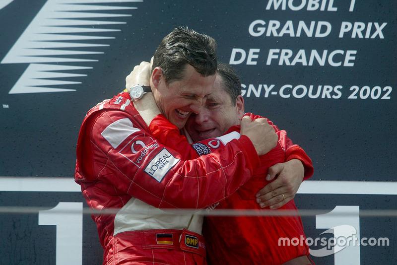 Podio: Michael Schumacher, Ferrari celebra con Jean Todt, Ferrari