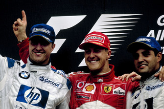 Podium : le vainqueur Michael Schumacher, Ferrari, le deuxième Ralf Schumacher, BMW Williams, le troisième Juan-Pablo Montoya, BMW Williams