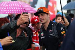 Max Verstappen, Red Bull Racing, Selfie mit Fans
