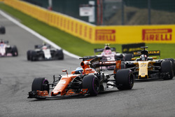 Фернандо Алонсо, McLaren MCL32, Ніко Хюлькенберг, Renault Sport F1 Team RS17, Естебан Окон, Sahara F