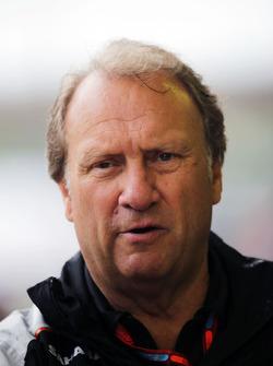 Заместитель руководителя Sahara Force India F1 Роберт Фернли