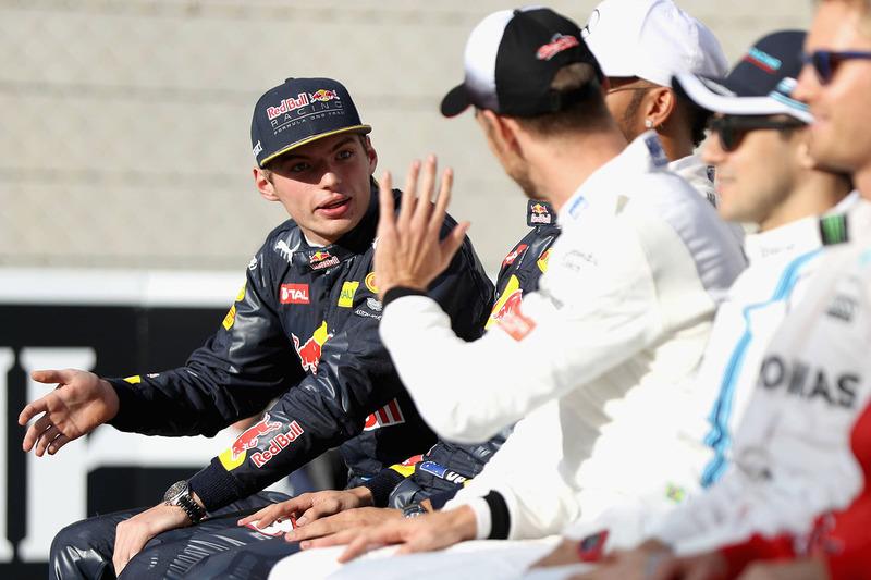Max Verstappen, Red Bull Racing y Jenson Button, McLaren F1