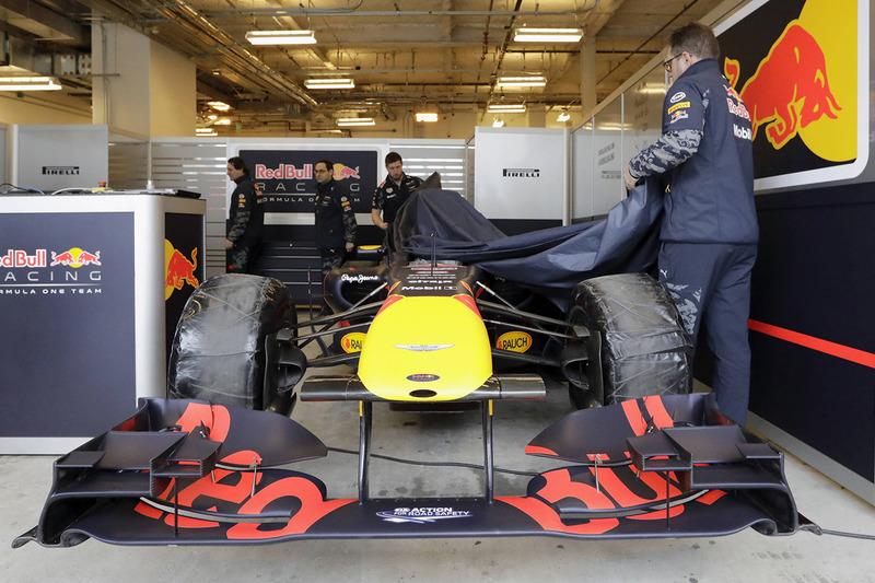 Red Bull Racing vond een tijdelijke pitbox
