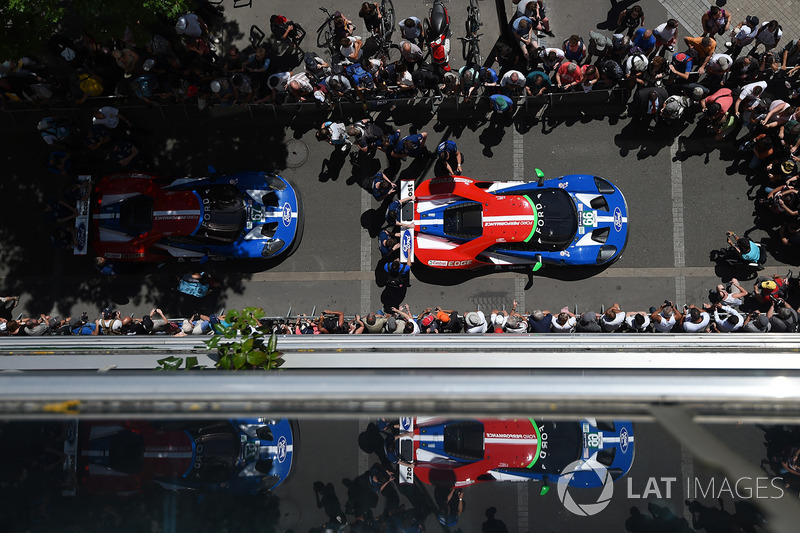 №66 Ford Chip Ganassi Racing Ford GT: Оливье Пла, Штефан Мюкке, Билли Джонсон; №67 Ford Chip Ganassi Racing Ford GT: Энди Приоль, Харри Тинкнелл, Пипо Дерани