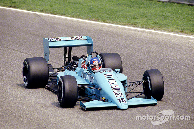 #16: Ivan Capelli, March 871, Ford