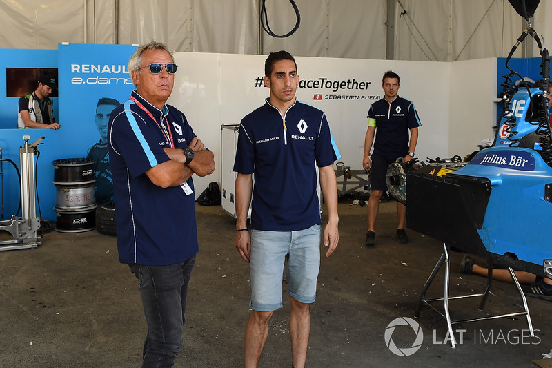 Jean Paul Driot and Sébastien Buemi, Renault e.Dams, en el garaje
