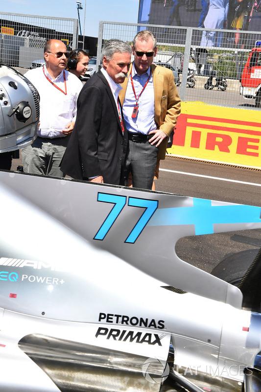 تشايس كاري، الرئيس التنفيذي لمجلس إدارة مجموعة الفورمولا واحد وشون براتشز، المدير العام للعمليات التجارية