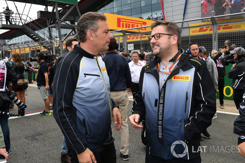 Mario Isola, Pirelli-Motorsportchef, Paul Hembery, Pirelli