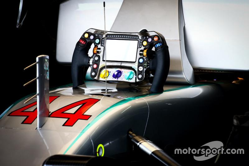 Lenkrad von Lewis Hamilton, Mercedes AMG F1 W07 Hybrid