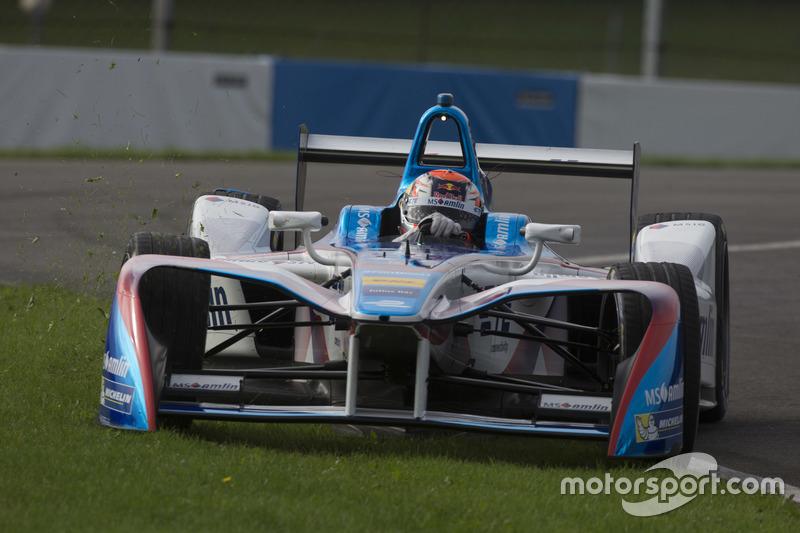 Antonio Felix da Costa, Amlin Andretti Formula E Team, goes wide