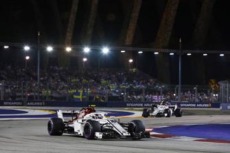 Charles Leclerc, Sauber C37, voor Marcus Ericsson, Sauber C37