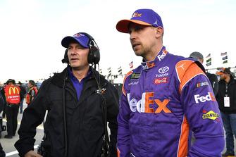 Denny Hamlin, Joe Gibbs Racing, Toyota Camry FedEx Office e Mike Wheeler