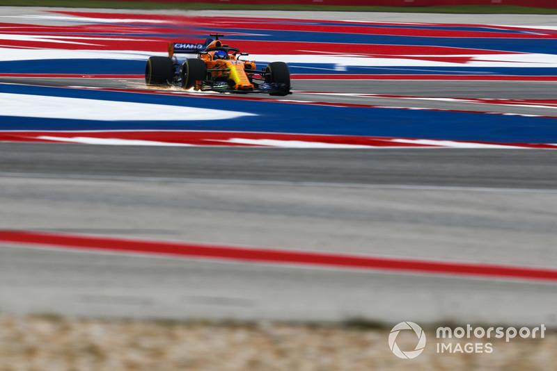 Fernando Alonso, McLaren MCL33 con parafina