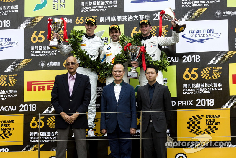 Copa del Mundo FIA GT en Macao: Augusto Farfus (en el centro)